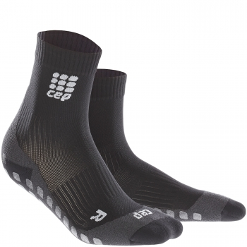 CEP Run Griptech Short Cut Compression Socks Herren | Black